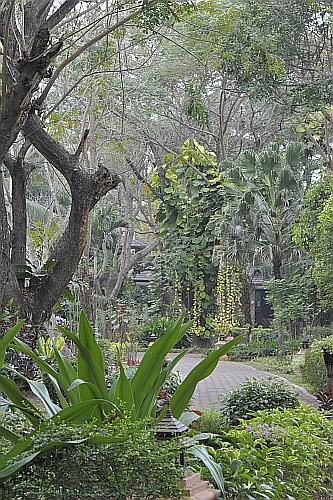 Tao Garden Entrance